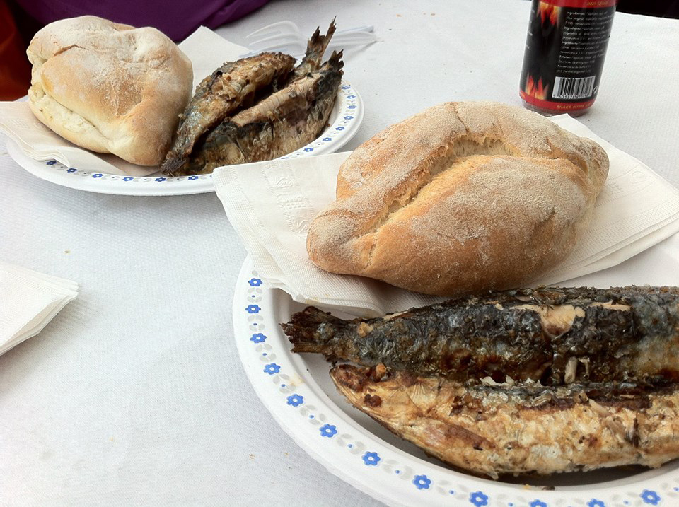 Portuguese buns and sardines Terceira Fundraiser